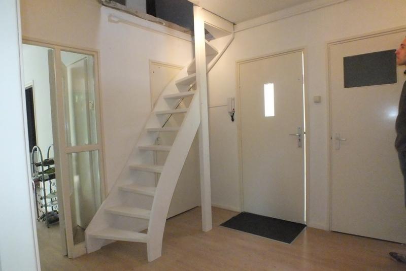 Vaste trap naar zolder in amersfoort trappen totaal for Trap plaatsen naar zolder
