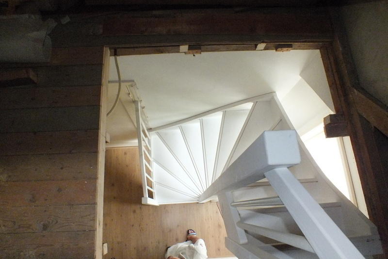 Vaste trap naar zolder in rockanje trappen totaal for Van vlizo naar vaste trap