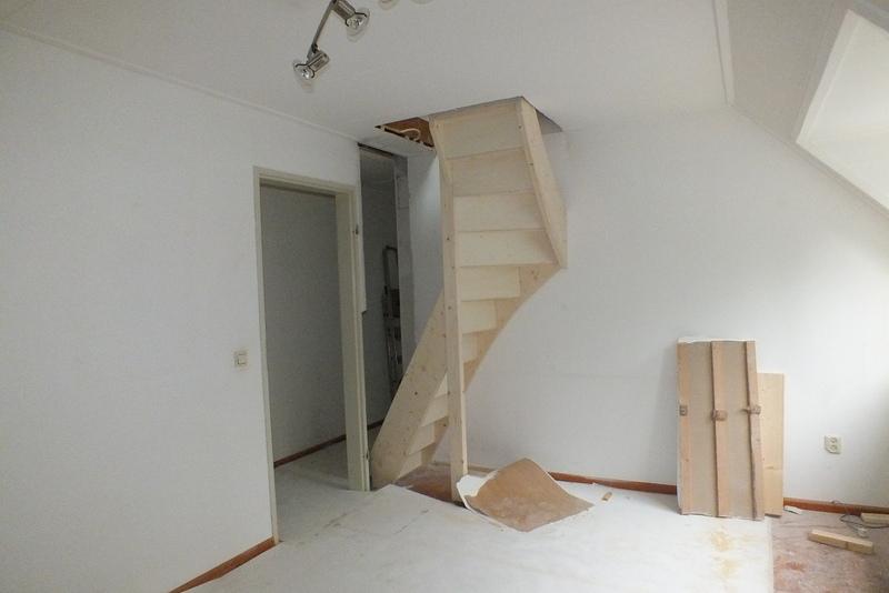 Vaste zoldertrap in waalwijk trappen totaal for Dichte trap maken