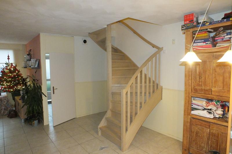 Hardhouten trap in de woonkamer te helmond trappen totaal for Trap in woonkamer