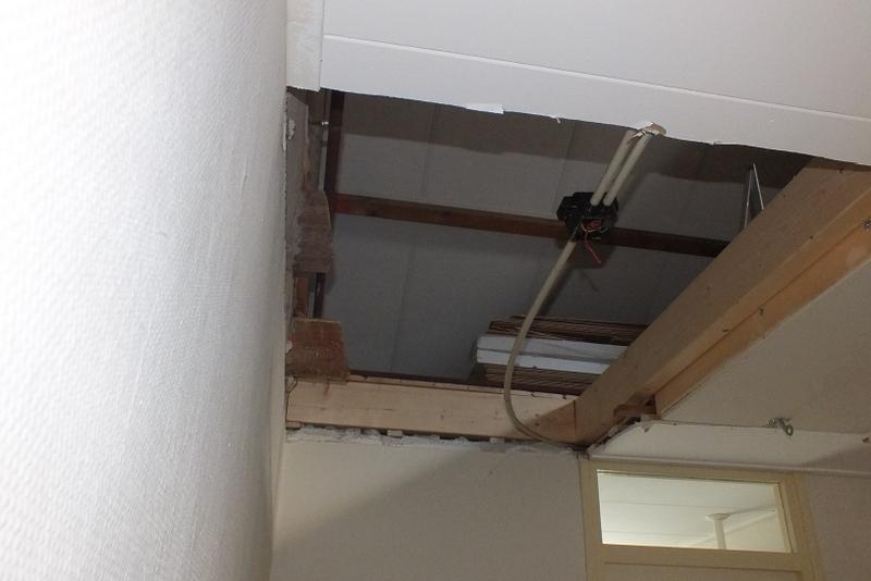 Trapgat hout brielle trappen totaal for Trapgat maken in beton