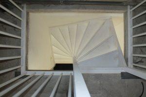 Open vaste zoldertrap in oosterhout trappen totaal for Vaste zoldertrap laten plaatsen