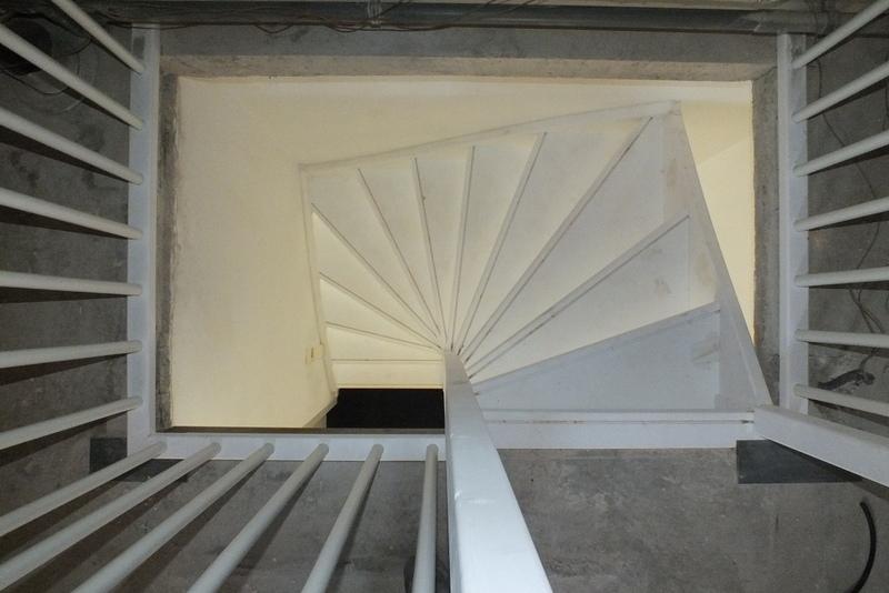 Open vaste zoldertrap in oosterhout trappen totaal for Vaste zoldertrap incl plaatsen en inmeten