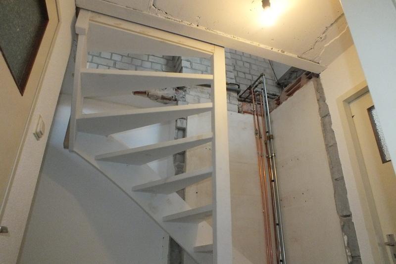 Vaste zoldertrap in roosendaal trappen totaal for Trapgat maken in beton