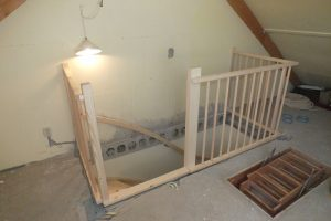 Open vaste trap vuren in arnhem trappen totaal for Trap eisen