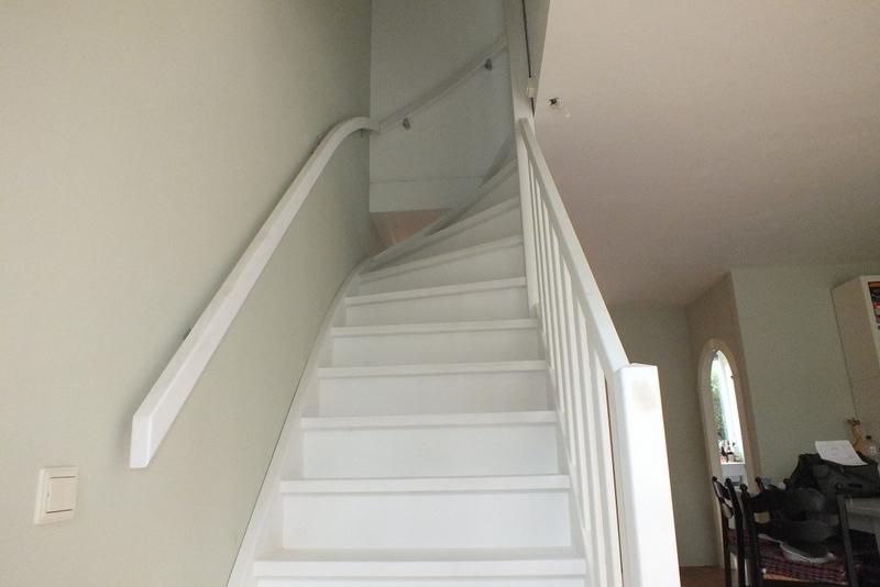 Stalen wenteltrap vervangen door vaste trap in breda for Vaste zoldertrap incl plaatsen en inmeten