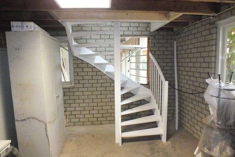 Vaste trap in garage in esbeek trappen totaal for Vaste zoldertrap incl plaatsen en inmeten