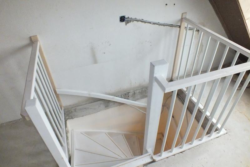 Trap naar zolder in den haag trappen totaal for Trapgat maken in beton